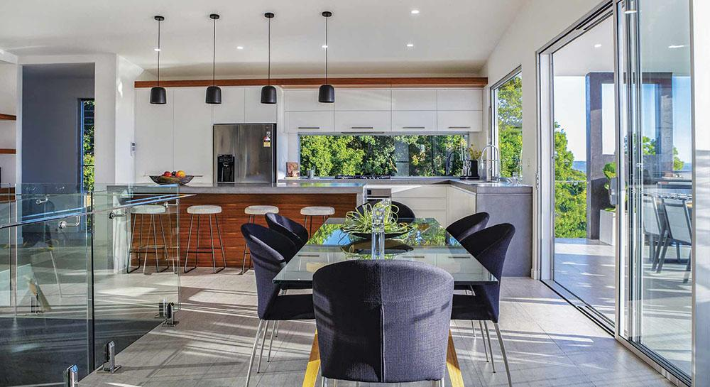AWARD WINNING DESIGNER SUNSHINE COAST OPEN KITCHEN AND LIVING